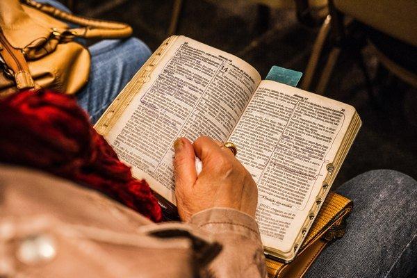 4 Ways We Hear God Speak